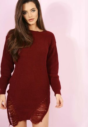 Knitted Distressed Jumper Wine