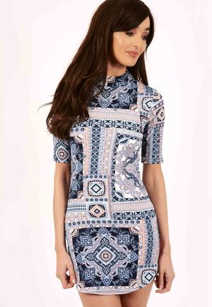 Maisy Paisley Curve Short Sleeve Mini Dress