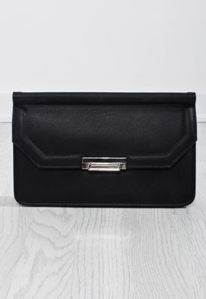 Vera Black Metallic Clasp Clutch Bag